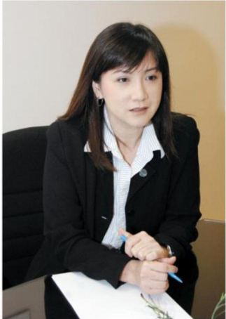 市场董事-林秋燕, Marketing Director Ms. Lim Chiew Yin